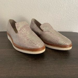 Free People Snake Eyes pink & silver slip-on loafers size: 39 / 6